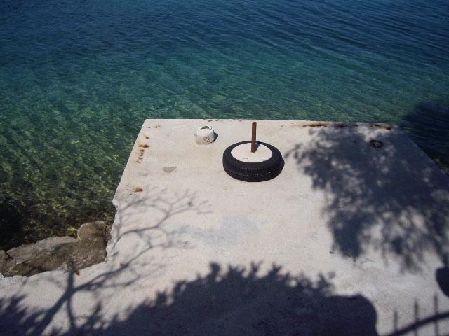 Verschiedene häuser und villen mit bootsanlegemöglichkeit in spanien